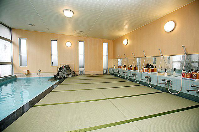 南信州・某旅館 男女大浴場